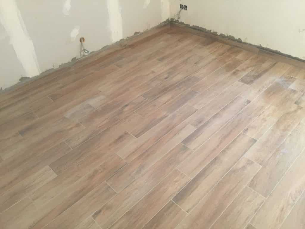 Suelo radiante vivienda bilbao bilbo reformas reformas for Suelos madera interior